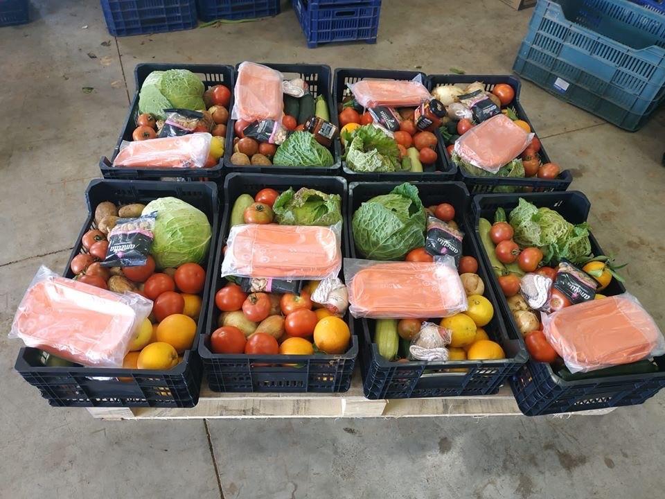 Donación cajas de frutas y verduras en Mallorca